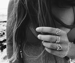 acessories, black and white, and body image