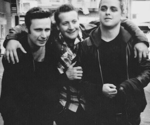 green day, punk, and tre cool image
