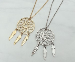 girls, gold, and necklaces image