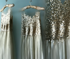 dress, mariage, and sequins image
