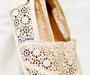 toms, shoes, and lace image