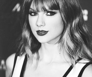 Taylor Swift and much music awards image
