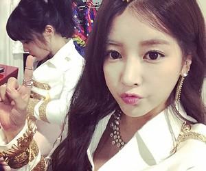 soyeon, boram, and park soyeon image