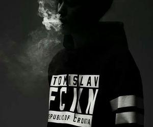 boy, smoke, and ulzzang image