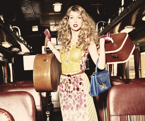 Taylor Swift, glamour, and taylor image
