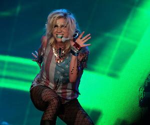 ke$ha and rock in rio image