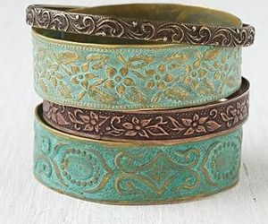 bracelet, beauty, and jewelry image