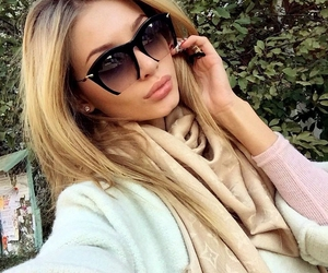 fashion, blonde, and sunglasses image