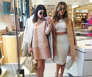 kylie jenner, fashion, and khloe kardashian image