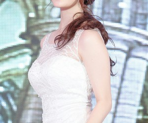 girl's day, yura, and jpop image