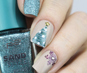 christmas tree, nail art, and nail polish image