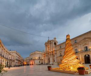 natale and siracusa image