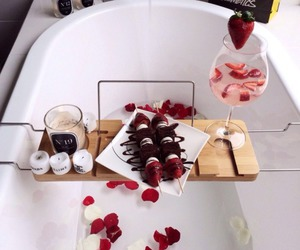 bath, strawberry, and chocolate image