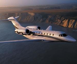 plane and luxury image