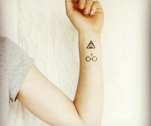 deathly hallows, harry potter, and Tattoos image