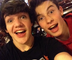 singers, aaron carpenter, and magcon image