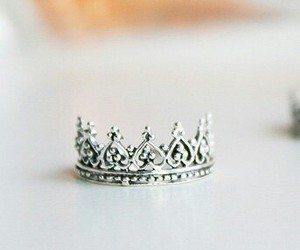 beuatiful, crown, and i image