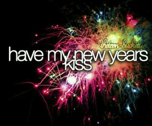 couple, new years, and kiss image