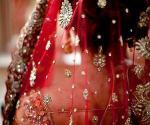 bridal and red image