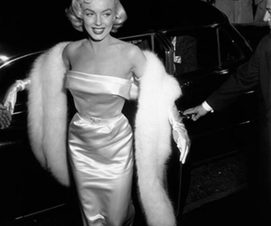 classy, monroe, and marilyn image