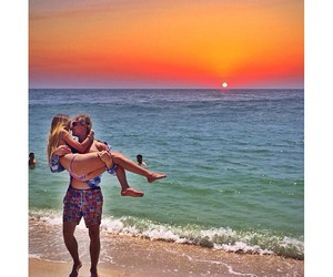 beach, casal, and couple image