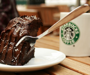 food and starbuck image