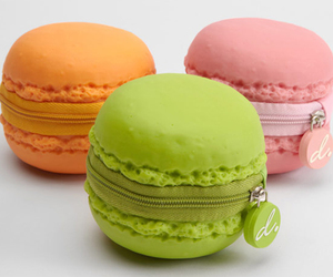 macaroons, coin purse, and green image
