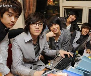 asian, boys, and ft island image