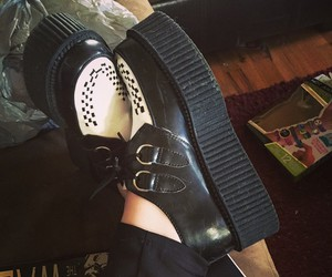 creepers, t.u.k, and platforms image