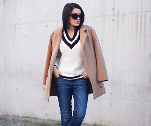 neutral, outfit, and sweater image
