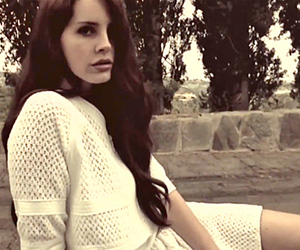 lana del rey, grunge, and Queen image