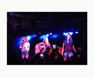 concert, sonia gomez, and girls image