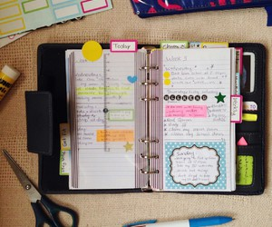 agenda, memo, and postit image