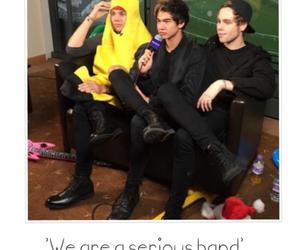 banana, 5sos, and calum hood image