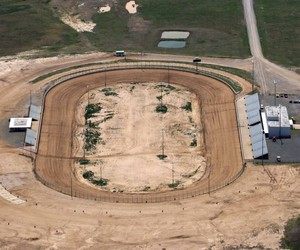 dirt track, dirttrack, and dirt racing image