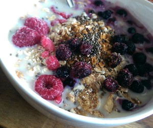 berries, oatmeal, and breakfast image