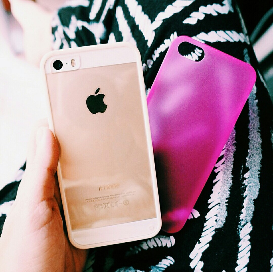case, gold, and iphone 5s image