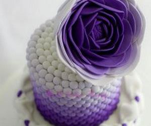cake, purple, and flower image