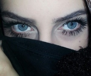 eyes, grunge, and blue eyes image