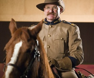 theodore roosevelt, robin williams, and night at the museum image