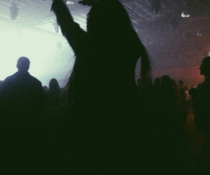 girl, concert, and grunge image