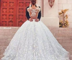 beautiful, dress, and marry image