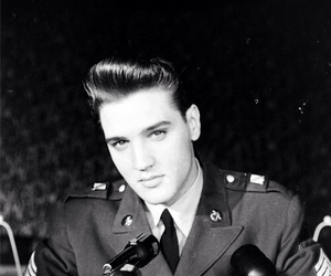 Elvis Presley, elvis, and handsome image