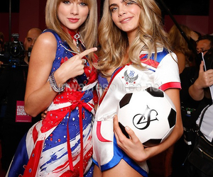 Taylor Swift, cara delevingne, and model image