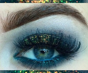 eye makeup, navy, and eyeshadow image