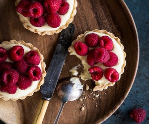food, sweet, and raspberry image