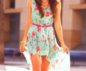 accesories, green, and pink image