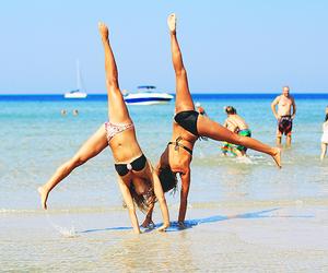 beach, cartwheel, and ebbalilliestrom image