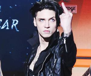 middle finger, black veil brides, and andybiersack image
