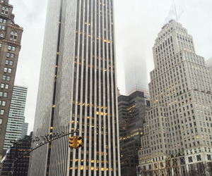 5th avenue, Apple Store, and BUILING image